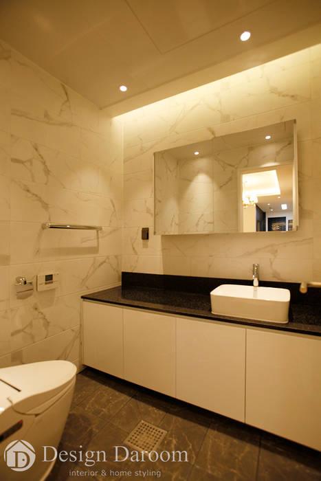 김포 전원주택 78py 2층 욕실 모던스타일 욕실 by Design Daroom 디자인다룸 모던