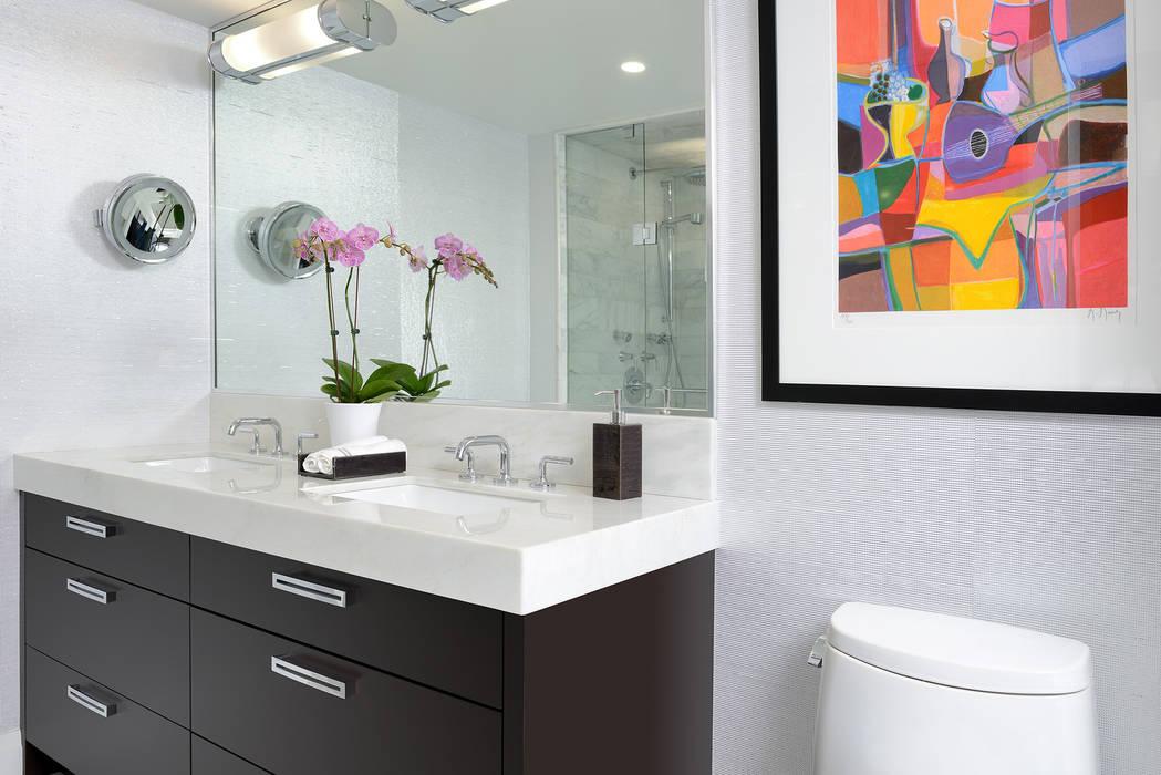 Master Bathroom توسط Collage Designs مدرن