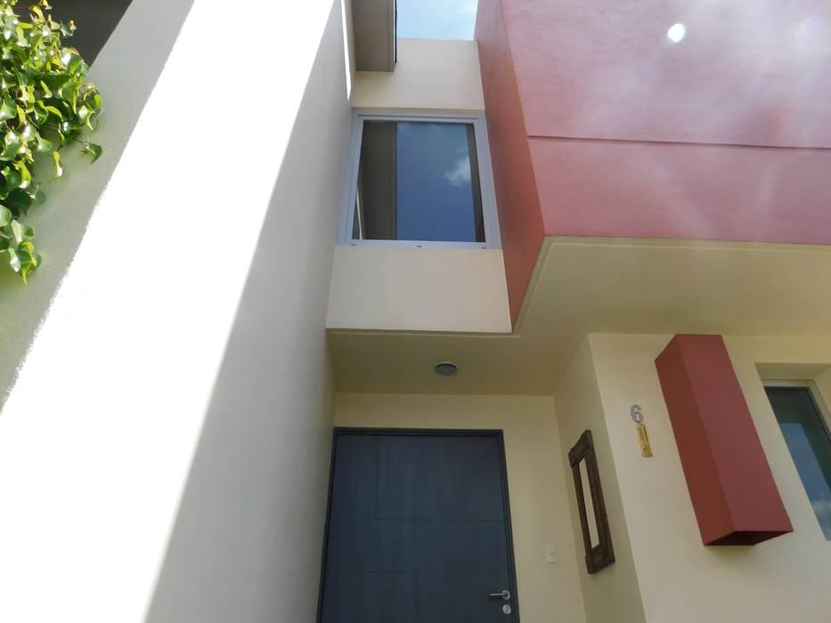 Fenêtres & Portes modernes par dBLuM°C Project Management Moderne