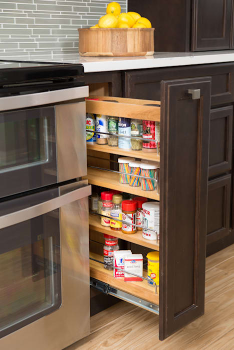 KITCHEN SPICE RACK BUILT-IN by LaPorta Studio Eclectic Wood Wood effect
