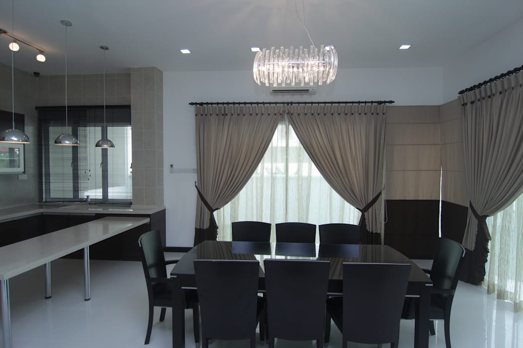 INTERIOR DESIGN FIT-OUT WORKS AT SETIA ECO PARK, SETIA ALAM, SELANGOR Asian style dining room by eL precio Asian