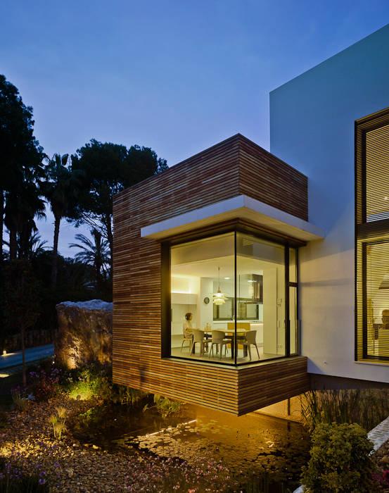 根據 Aguilar Arquitectos 地中海風