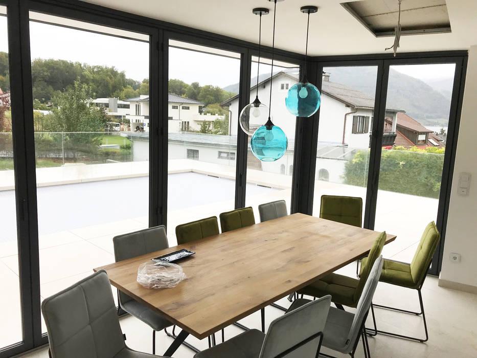 Poolhaus mit Aluminium Faltsystem von Sunflex Moderne Häuser von Schmidinger Wintergärten, Fenster & Verglasungen Modern Aluminium/Zink