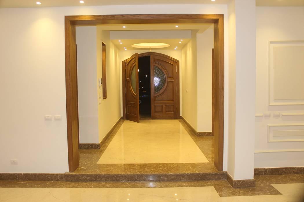 فيلا فى الرحاب الممر الحديث، المدخل و الدرج من lifestyle_interiordesign حداثي