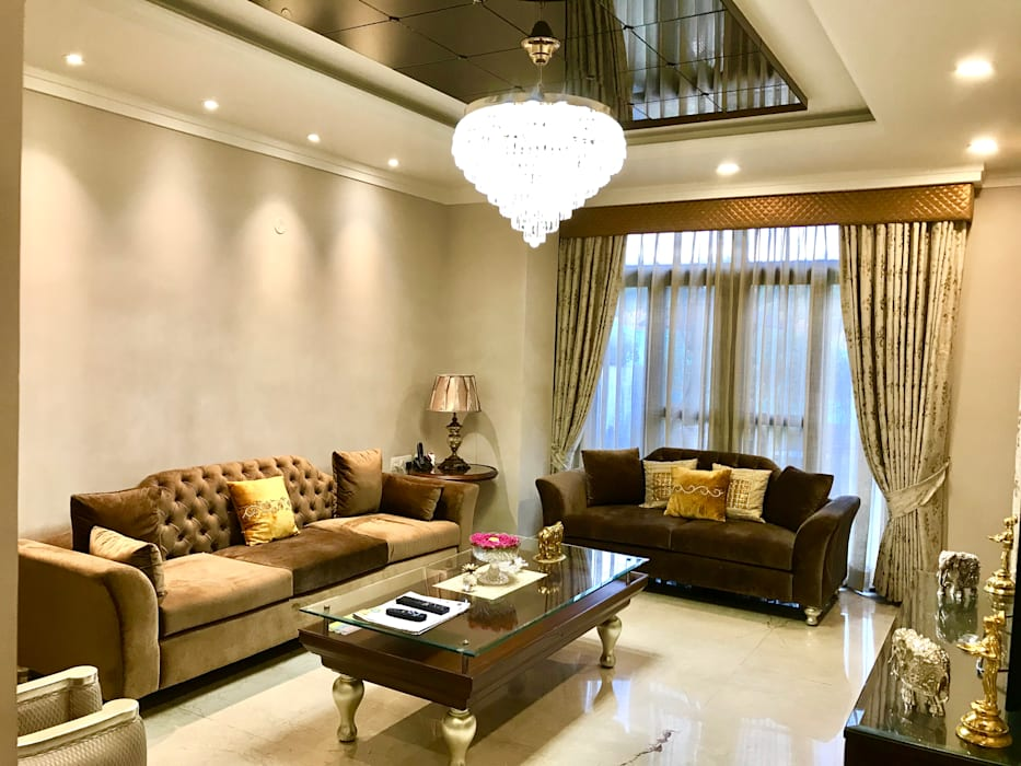 Mr. Rajsekhar's Residence Classic style living room by Ovili Classic