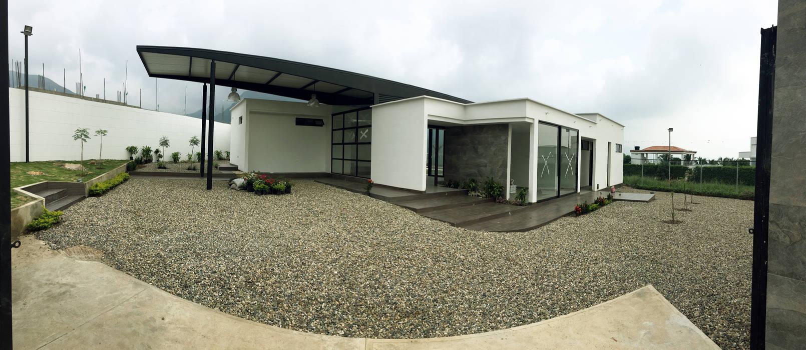 CASA CAMPESTRE MODERNA : COROZAL NORTE DE SANTANDER Casas modernas de NAX - Arquitectura Moderno