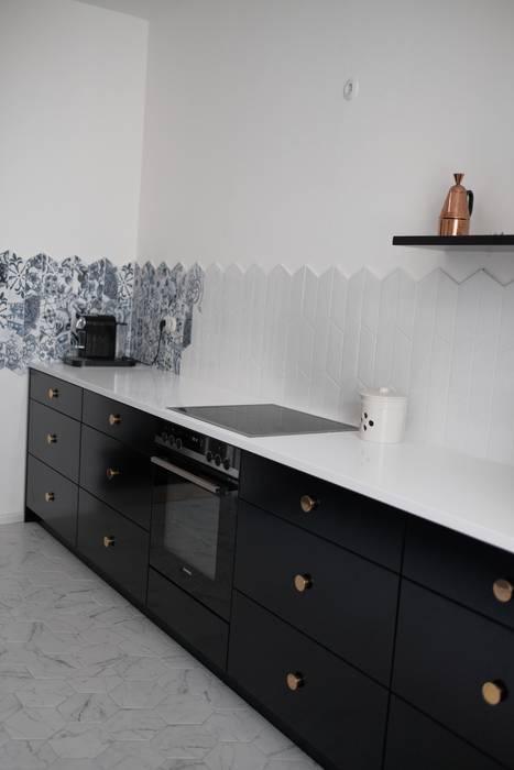 R79 Minimalistische Küchen von Strefa Design Minimalistisch
