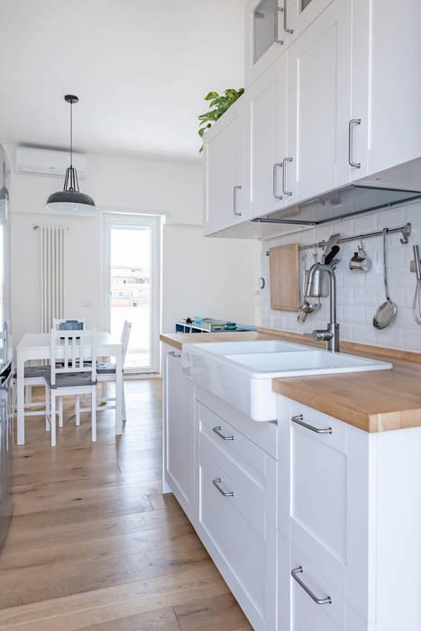 Casa c70 Caleidoscopio Architettura & Design Cucina moderna