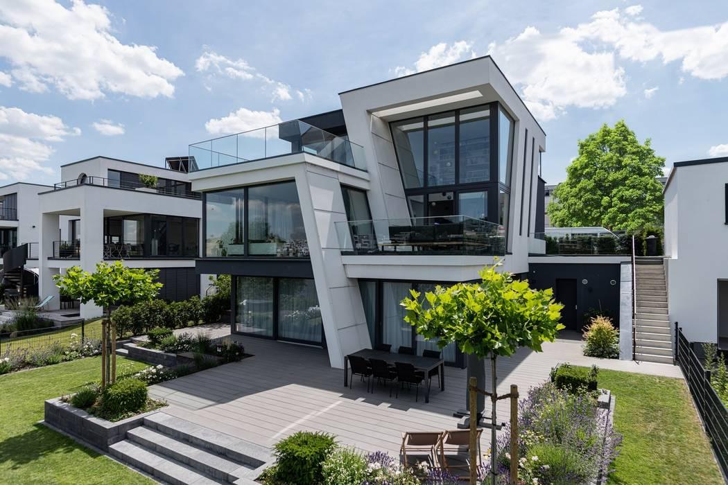 Außenansicht der Villa von Avantecture GmbH Modern