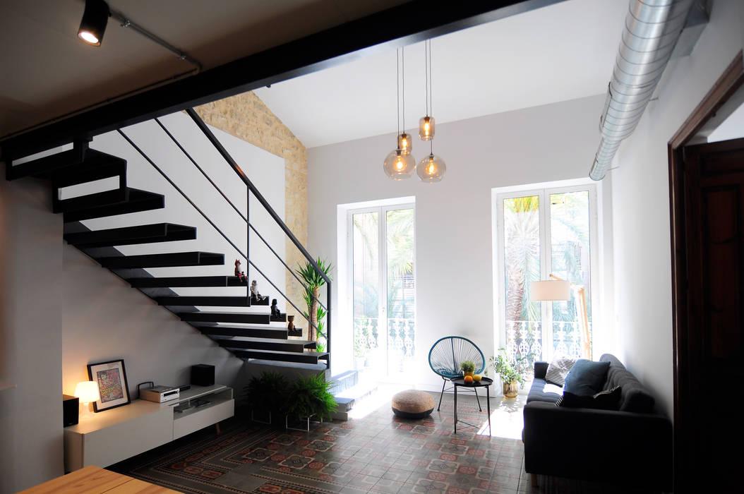 Ruang Keluarga Gaya Industrial Oleh Studio /LYKE/ Industrial