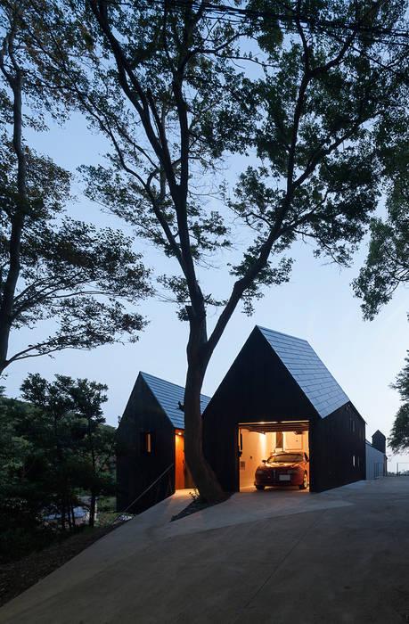 Modern garage/shed by キューボデザイン建築計画設計事務所 Modern