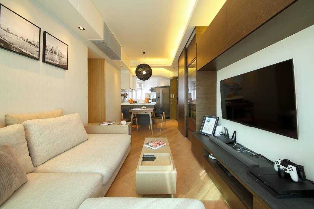 海桃灣客廳 Modern living room by Inspire Design Ltd Modern Wood Wood effect