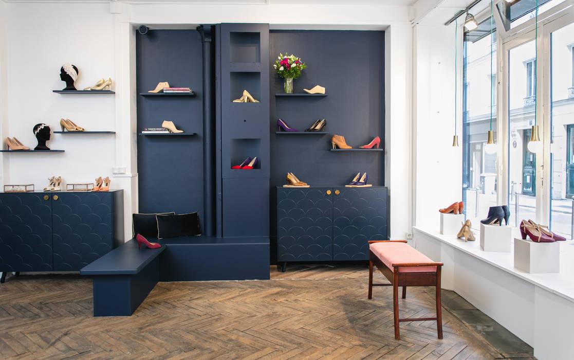 Boutique Aymée - Paris 17e Locaux commerciaux & Magasin modernes par Sandrine Carré Moderne