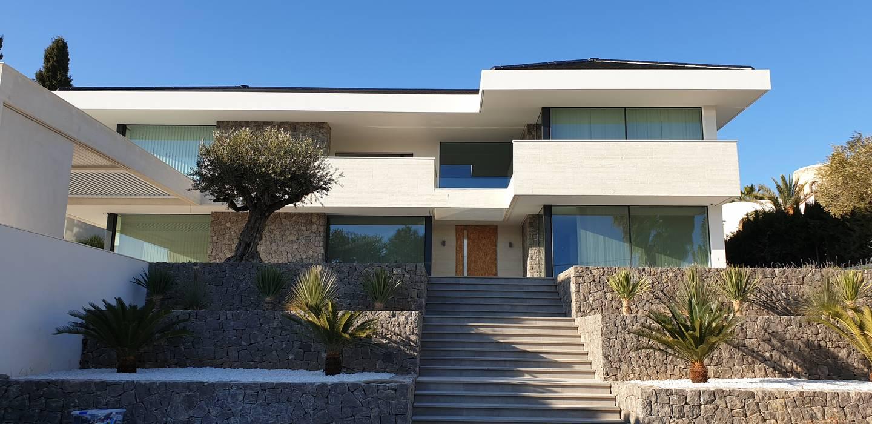 Fachada exterior de GARLIC arquitectos Mediterráneo Hormigón
