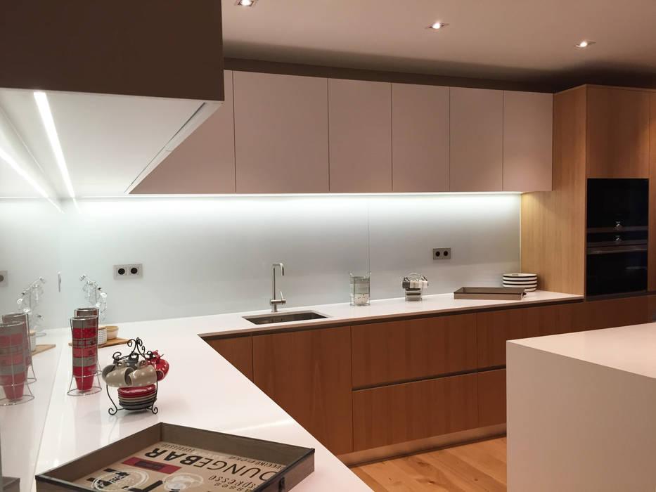 Detalle de cocina de GARLIC arquitectos Moderno