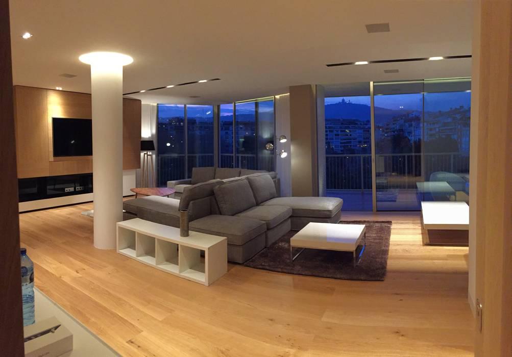 Foto interior de salon comedor Salones de estilo moderno de GARLIC arquitectos Moderno