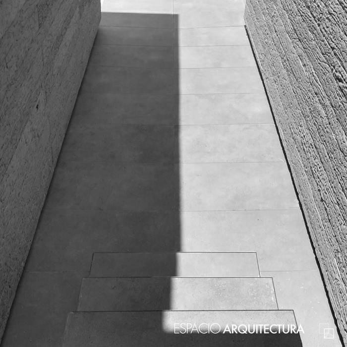 RESIDENCIA CAROLCO Casas minimalistas de Espacio Arquitectura Minimalista