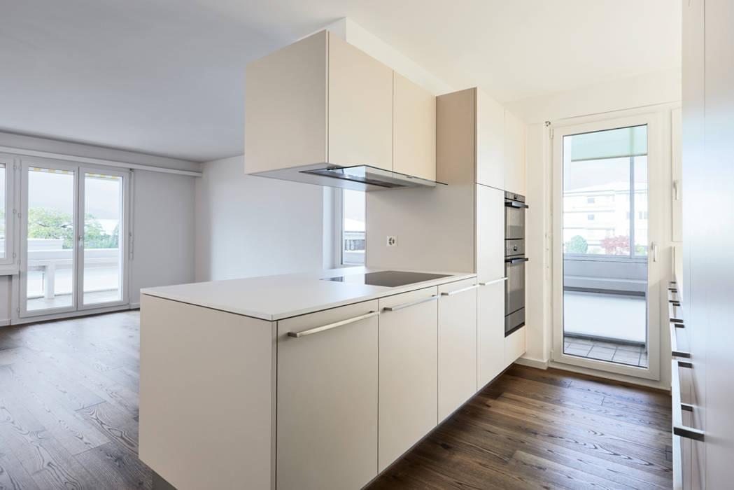 Küchenumbau Meggen Moderne Küchen von Stefan Räz - Raum und Möbel Modern