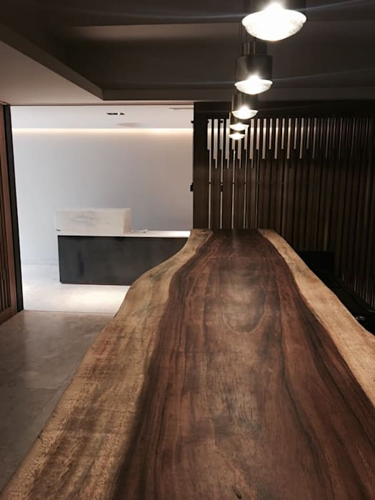 by Concepto Arquitectura Modern Wood Wood effect