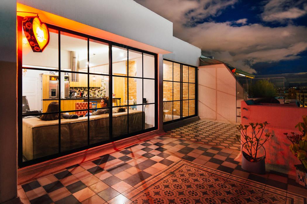 Terraza Balcones y terrazas de estilo moderno de Modismo Moderno