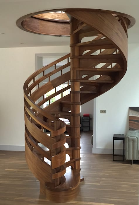 Spiral staircase in Walnut Boss Stairs Limited Tangga