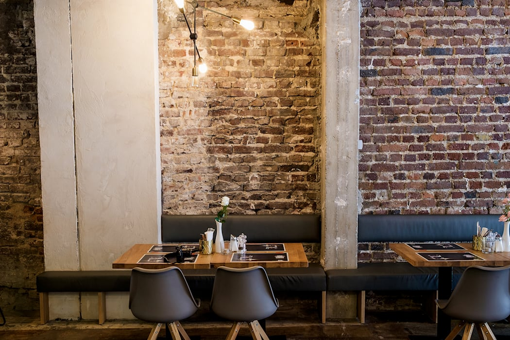 Industrial style dining room by mihome Industrial