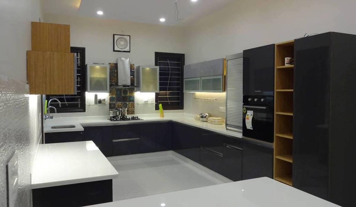 Modern kitchen by Studio Square Design Co. Modern
