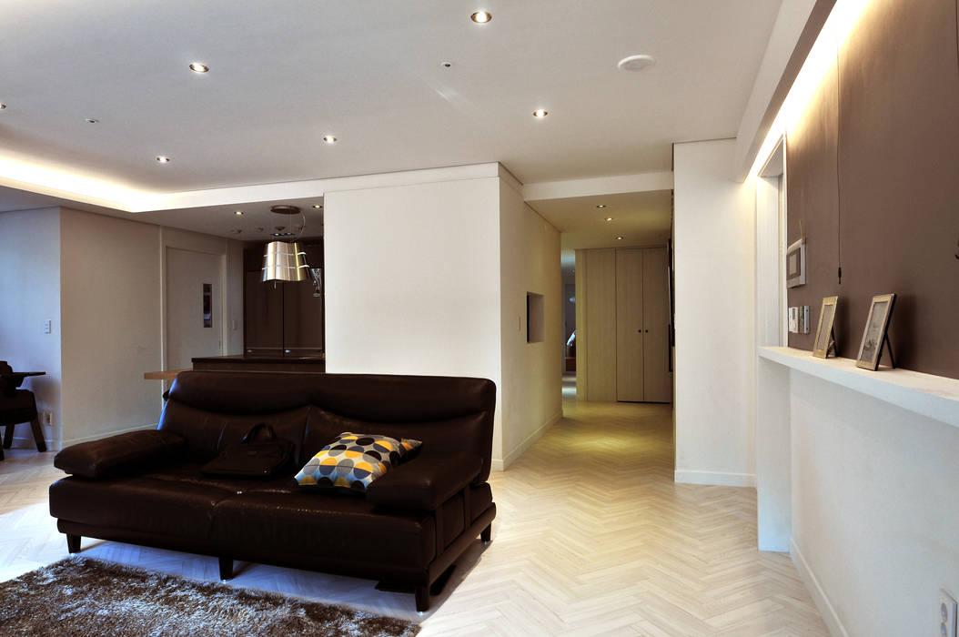 Salas de estilo moderno de 레이어비(Layer_B) Moderno