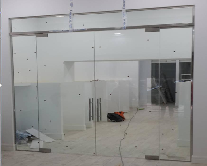 par GrupoSpacio constructores en Madrid Moderne Verre