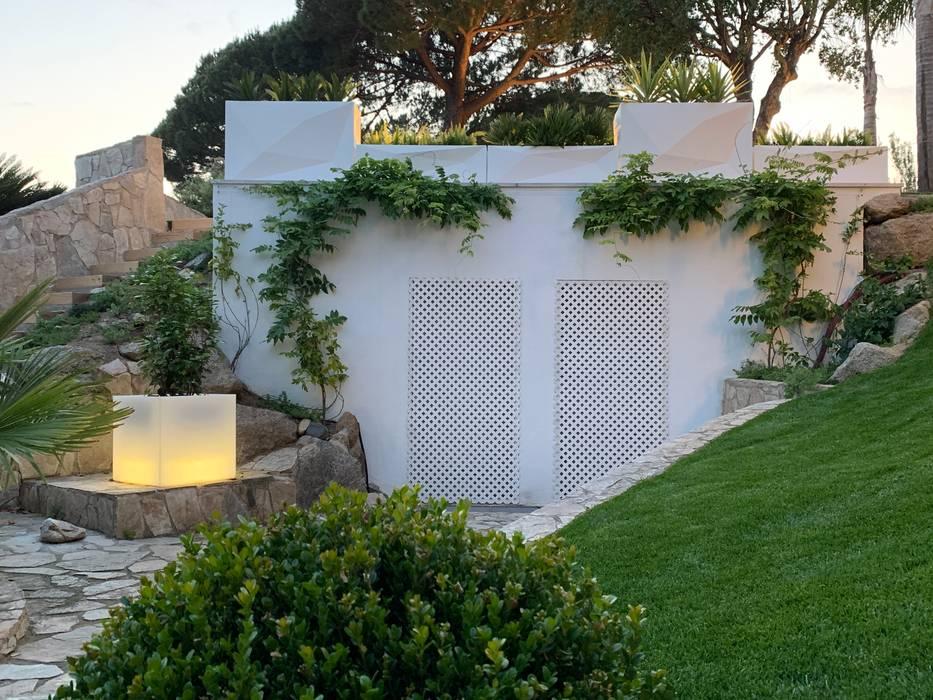 Jardín Blanco Jardines de estilo mediterráneo de GreenEv LD Mediterráneo