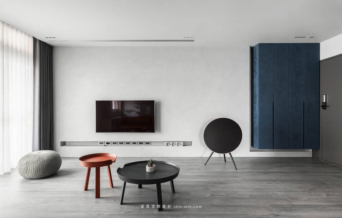 Minimalistische Wände & Böden von 湜湜空間設計 Minimalistisch