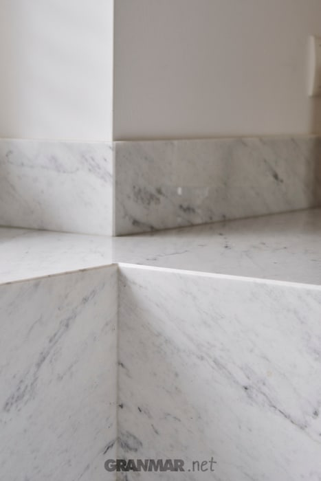 GRANMAR Borowa Góra - granit, marmur, konglomerat kwarcowy KitchenBench tops Marble White