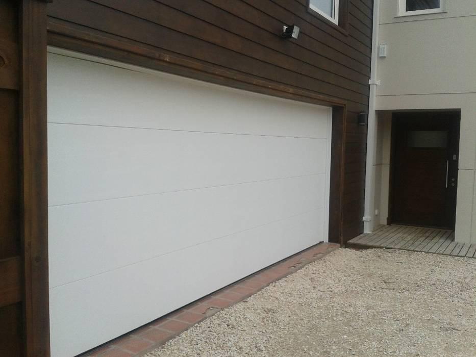 FERMOD SACIFeI Garage/Rimessa