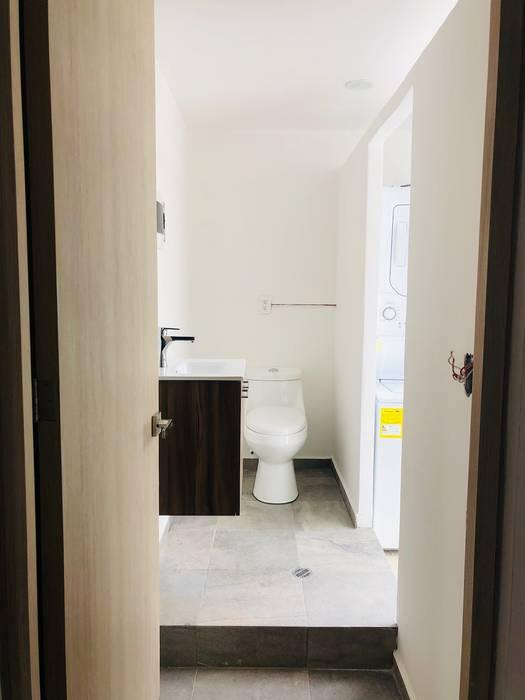Baños modernos de Casa Época Arquitectos Moderno