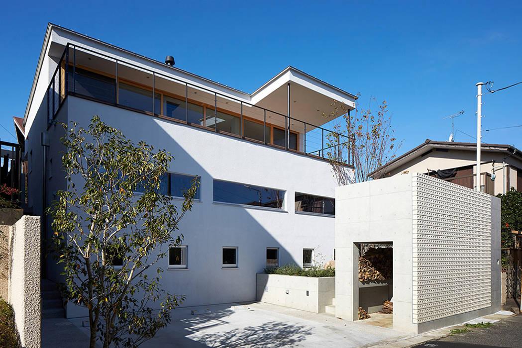 Modern home by 株式会社小島真知建築設計事務所 / Masatomo Kojima Architects Modern