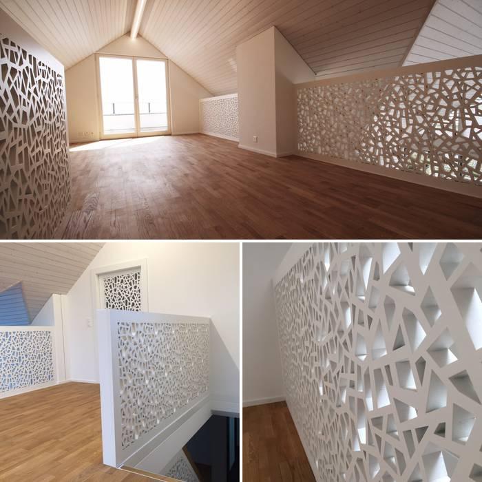 Galeriegeschoss - neue Geländer- und Brüstungselemente Moderne Wände & Böden von Ottagono+Rechsteiner Interior AG Modern
