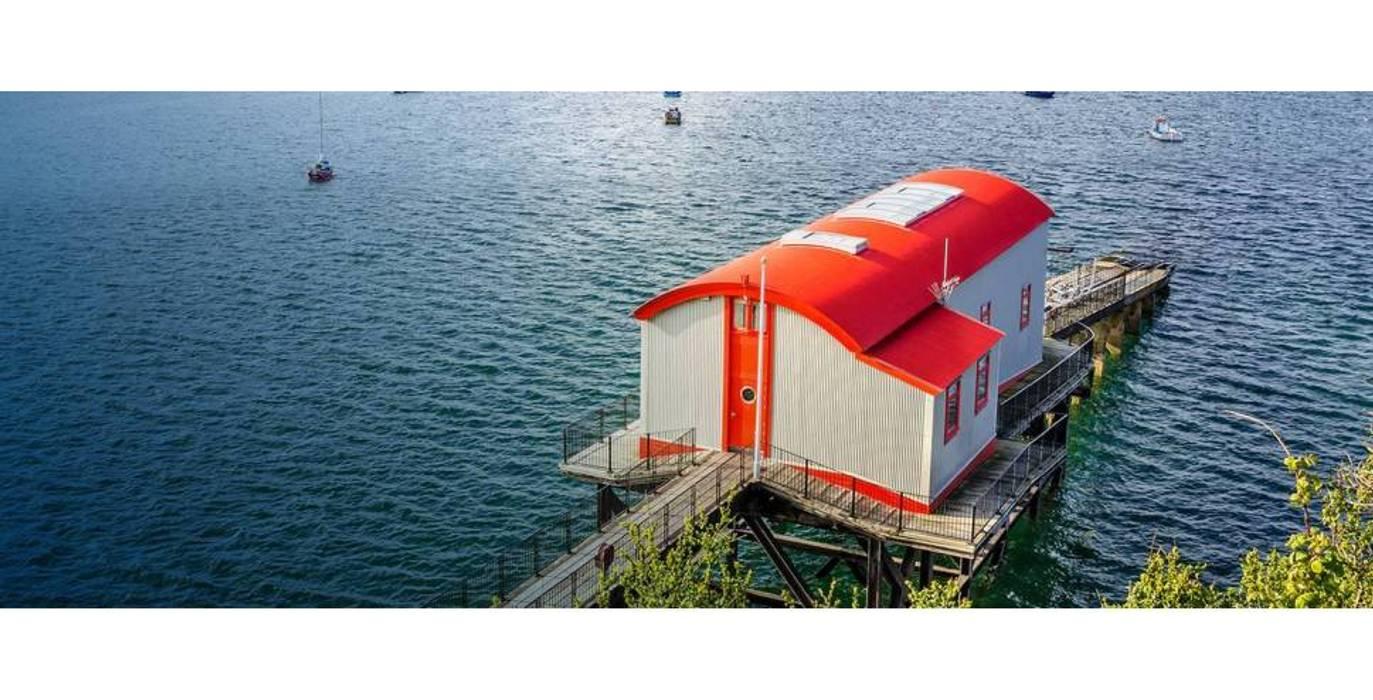 Old Tenby Lifeboat Station 4 par Natralight Moderne
