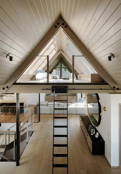 Modern Living Room by Feldman Architecture Modern