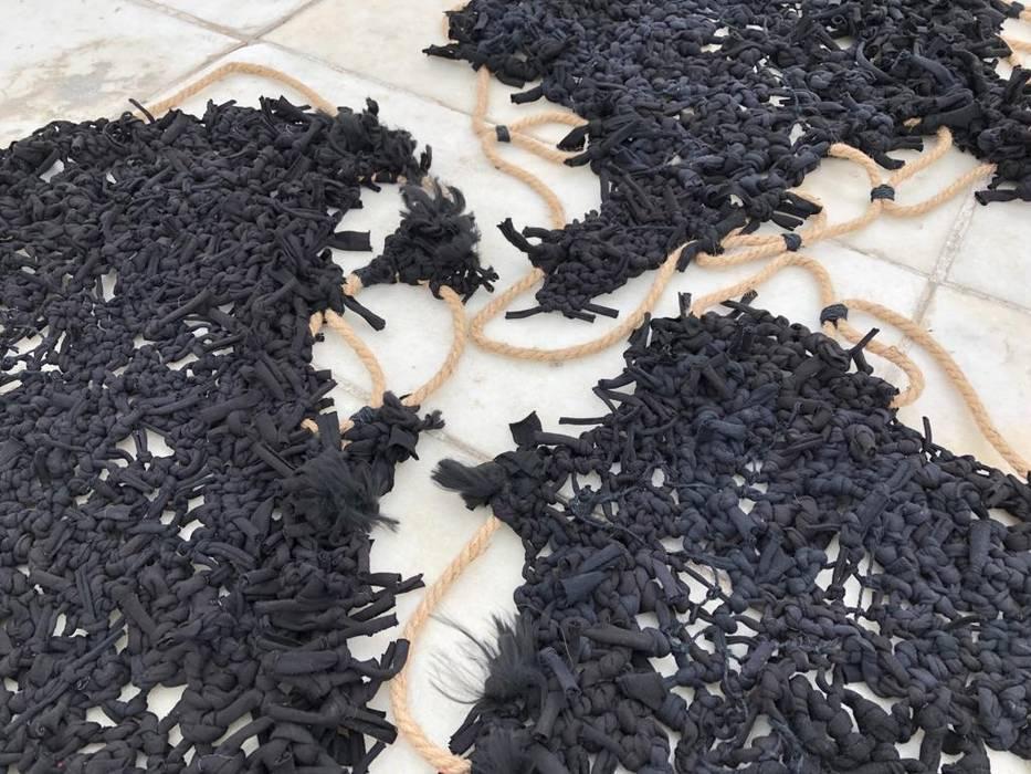 Entre la Lana y el Yute Ana Salomé Branco ArteObjetos artísticos Textil Negro
