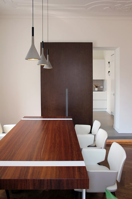 Eclectic style dining room by Onice Architetti Eclectic Wood Wood effect