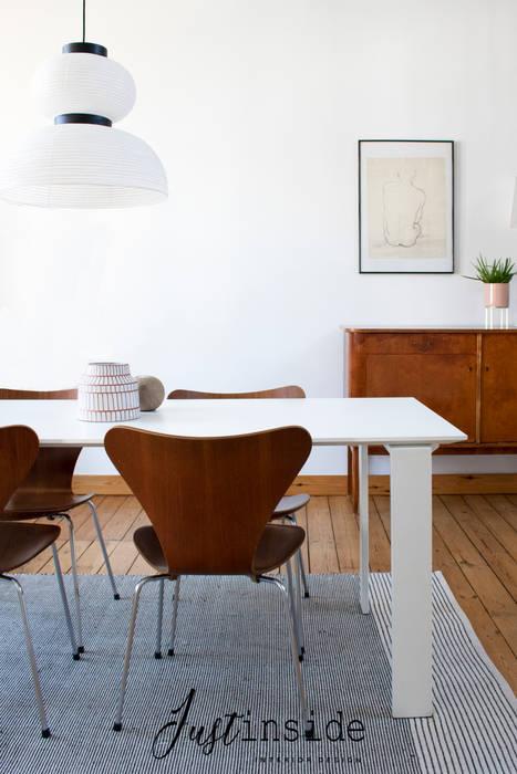 Mini loft sous les toits Salle à manger minimaliste par justinside Minimaliste