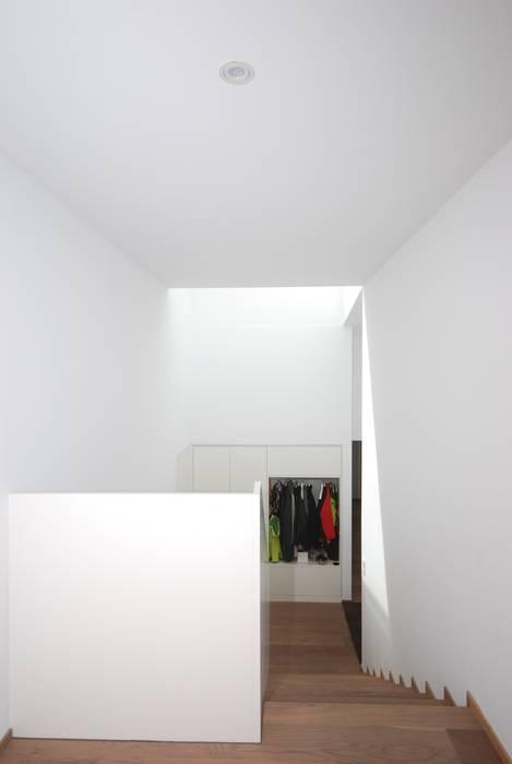 schroetter-lenzi Architekten Stairs MDF White