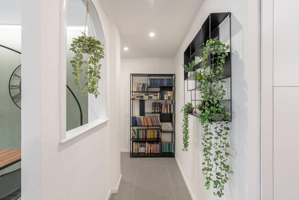 Corridoio Ingresso, Corridoio & Scale in stile moderno di Facile Ristrutturare Moderno