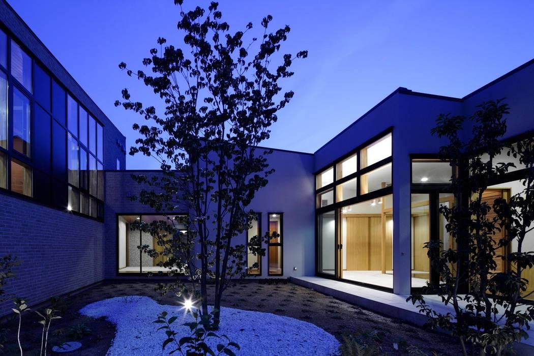Taman Modern Oleh イクスデザイン / iks design Modern