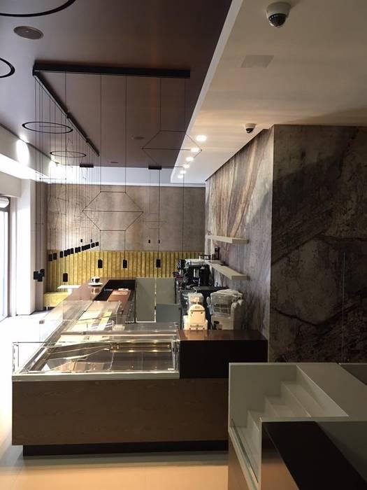 Bar caffetteria Pareti & Pavimenti in stile moderno di Francesco Verone Moderno