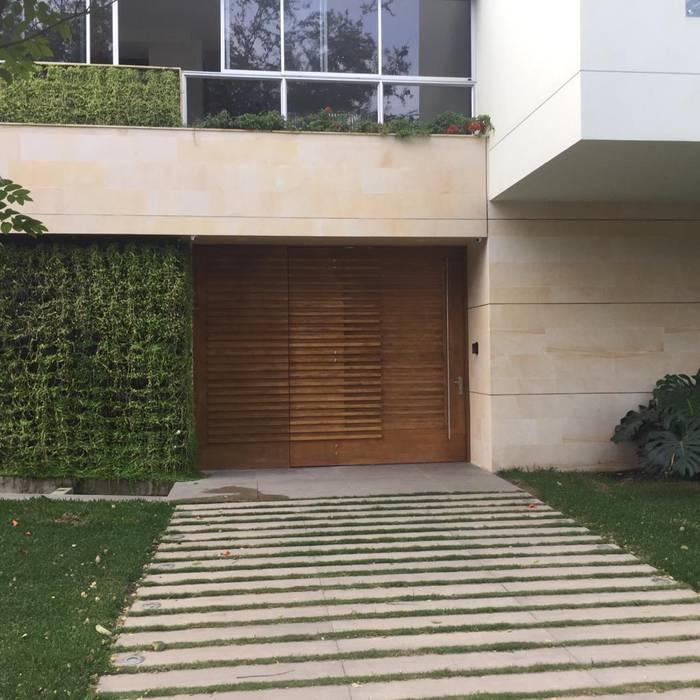 COCINAS KITCHEN AND BATH Windows & doorsDoors