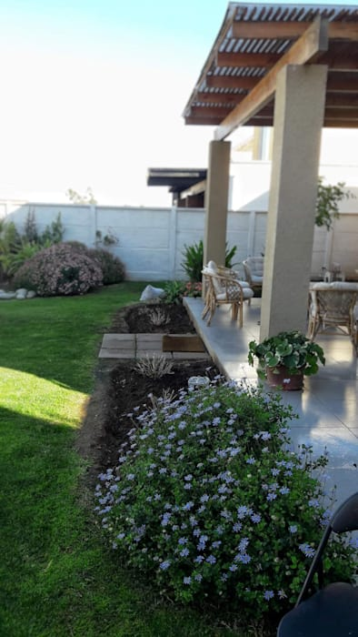 Classic style garden by HG Jardinería Classic