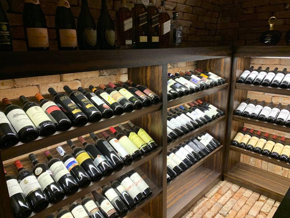 Ruang Penyimpanan Wine/Anggur Modern Oleh Revah Arqs Modern Kayu Wood effect