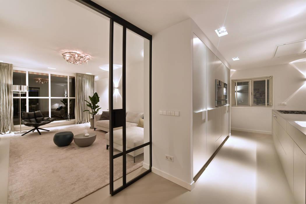 Modern living room by Ester Lipsch Creatief Ontwerp Modern