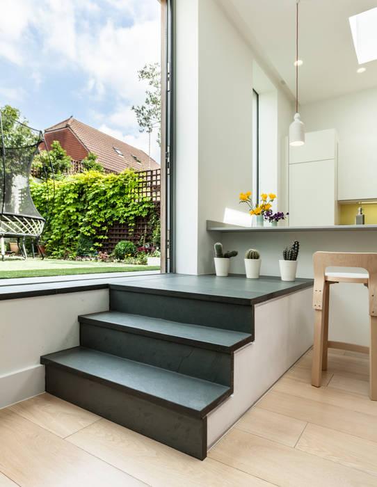 N2 House PML Architecture Tangga